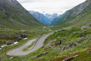 The start of the old Strynefjell Mountain Road. Nice!