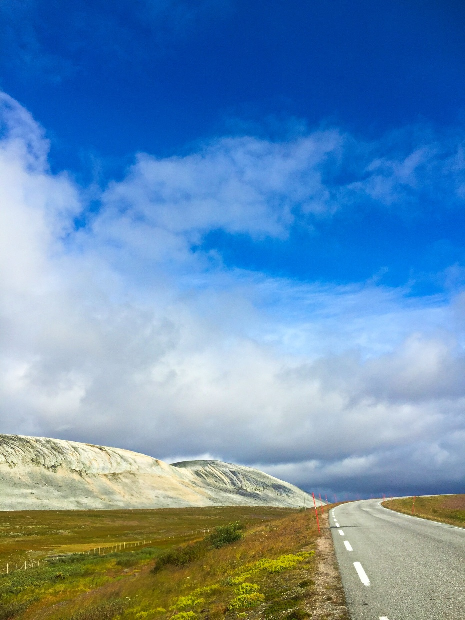 A road at Julelvdalen, crossing over to the small village of Båtsfjord, Finnmark county, Northern Norway.