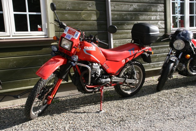 The Guzzi V35/65TT was an attempt from the Mandello engineers to make a dual sport back in the '80s. Not too successful, but popular among Guzzisti. Of course.
