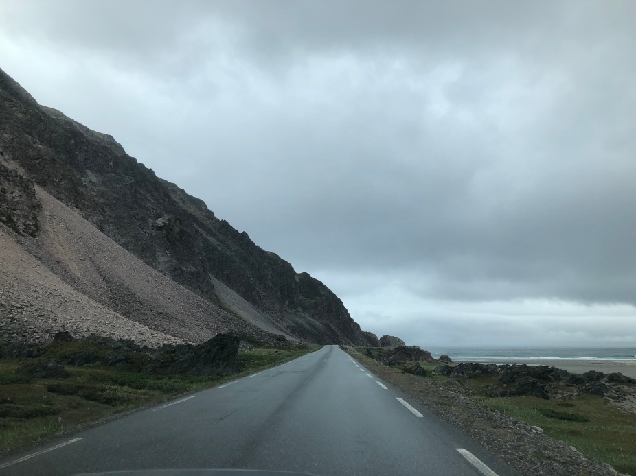 More Berlevåg road.